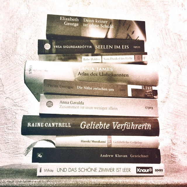 Buchrücken-Poesie.