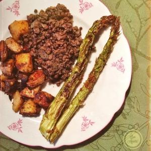 More asparagus! Green asparagus with potatos & lentils.