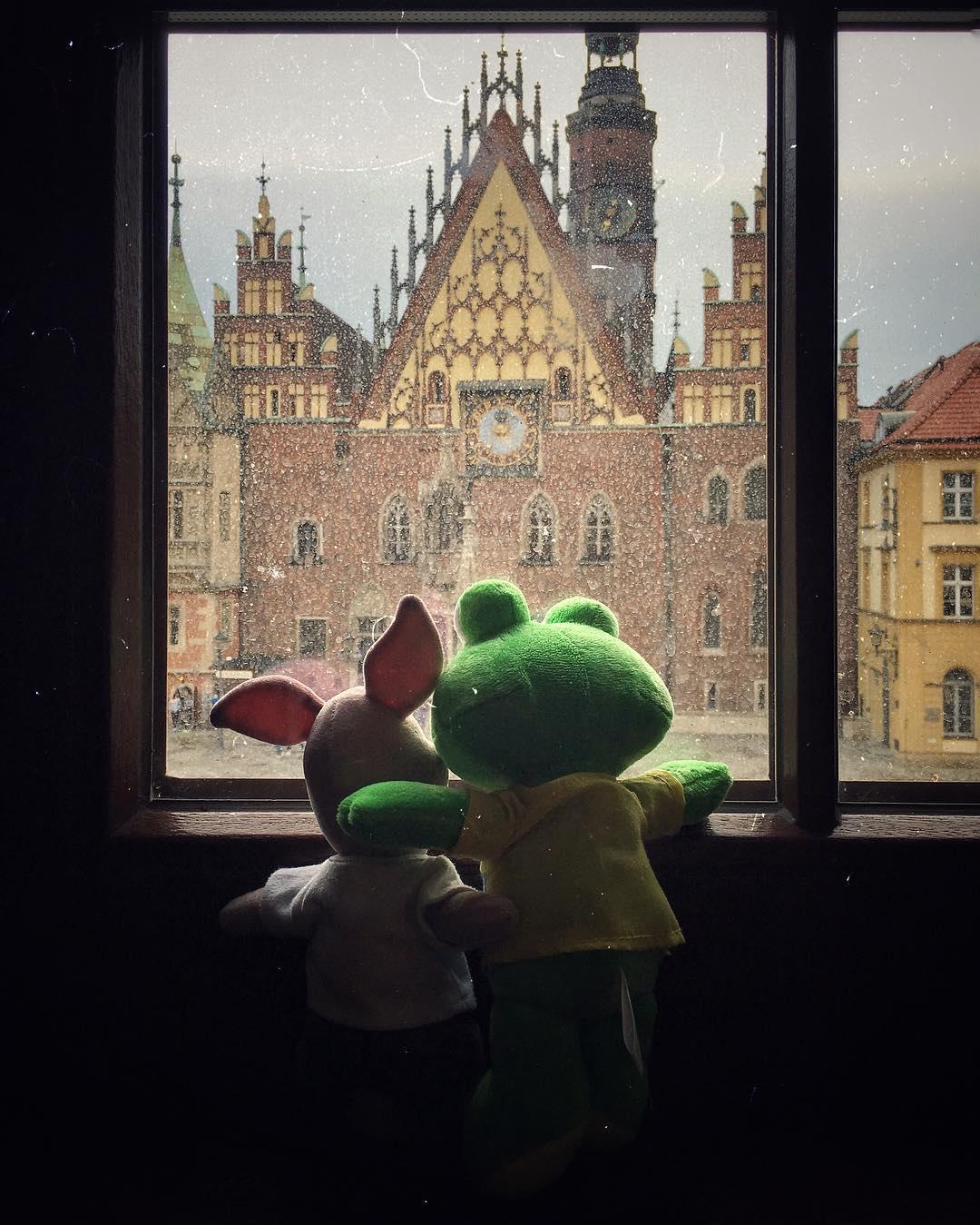 Wir sind gestern gut in Wroclaw gelandet. Auf den ersten Blick: eine spannende Stadt, die entdeckt werden will.